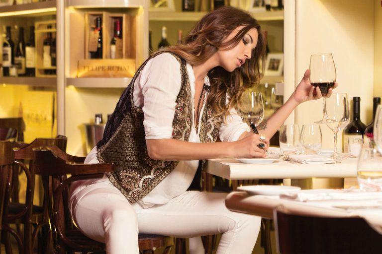 Enamorada de la cocina, Deborah admite estar entusiasmada con la movida gourmet de Miami, donde vive