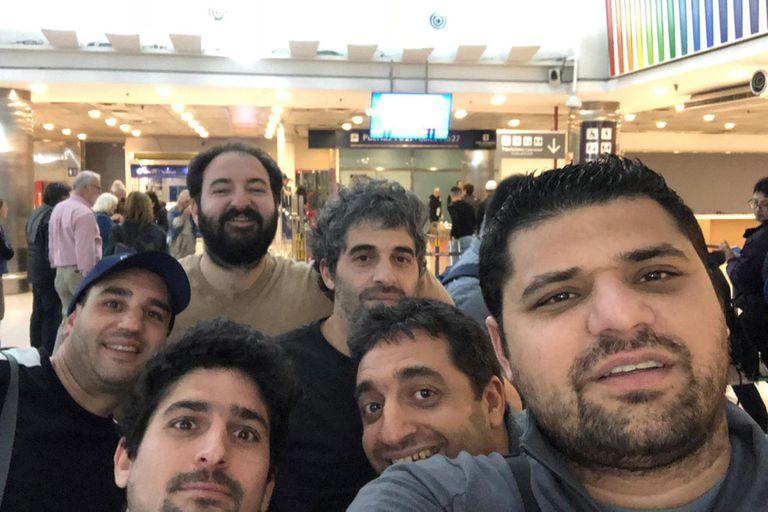 Por el Shabat, un grupo de fanáticos decidió viajar a ver el superclásico en Barcelona