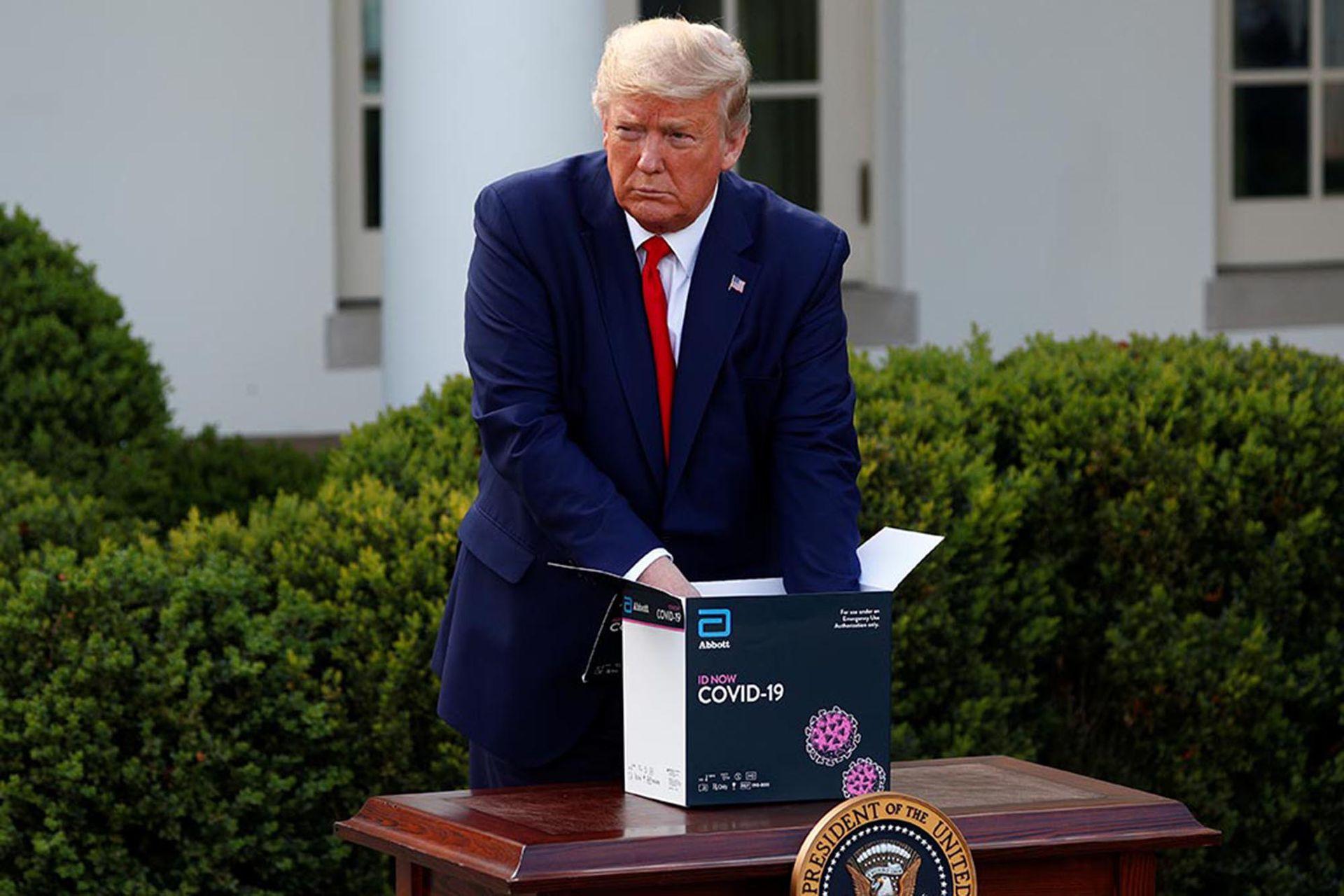 El presidente norteamericano, Donald Trump, durante una de sus conferencias de prensa sobre el avance de la pandemia; Estados Unidos ha visto crecer de modo exponencial el número de infectados