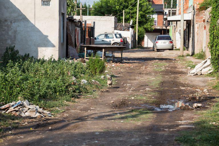 Villa Fiorito sigue siendo ese barrio humilde donde hay que pelearla para llegar a fin de mes