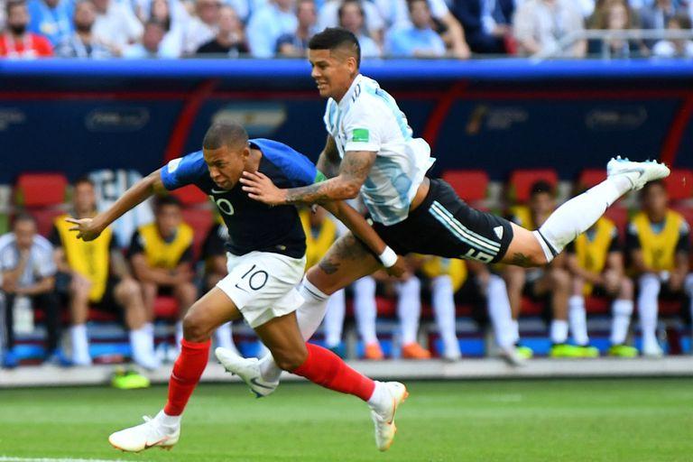 La jugada en la que Kylian Mbappé fue más rápido que Usain Bolt