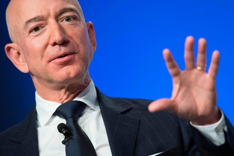 Jeff Bezos contó las razones detrás de la elección de fecha para su retiro como CEO de Amazon