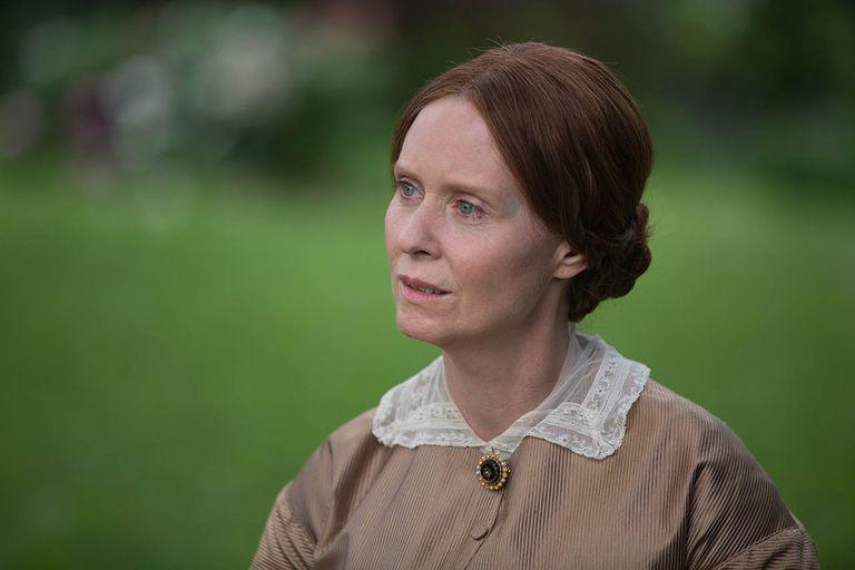 Emily Dickinson: la escritora estadounidense que se autoimpuso el encierro
