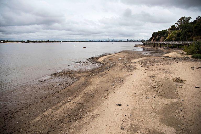 Se prevé que el nivel del río continúe en baja