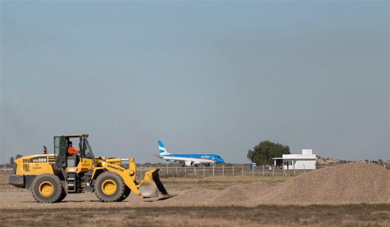 En algunos sectores del aeropuerto mendocino ya comenzaron las reparaciones
