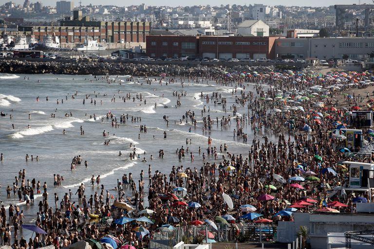 Gran concurrencia a las playas por el muy buen tiempo