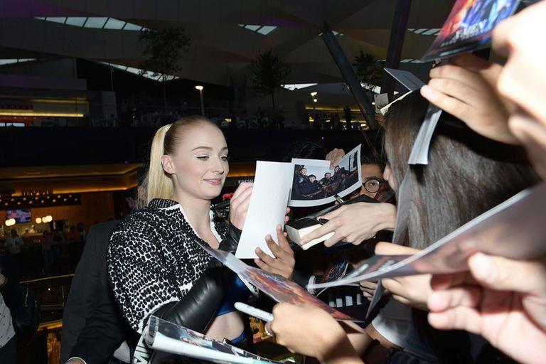 En México, Tuner firmó autógrafos y se tomó selfies con los fans