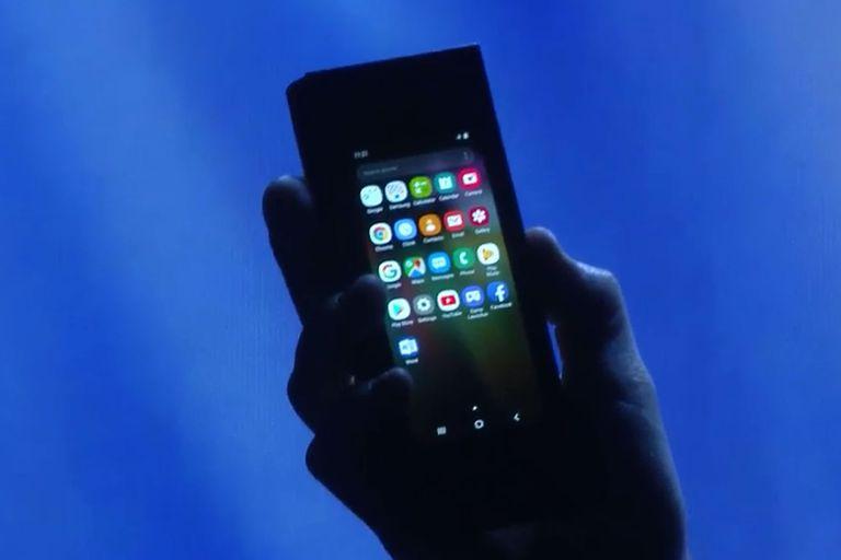 Así se ve el dispositivo con pantalla flexible de Samsung en modo smartphone