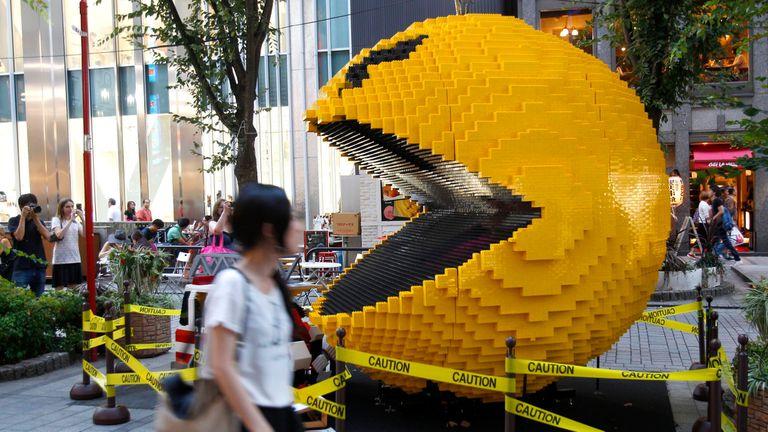 El Pac-Man nació en 1980; esta versión hecha en Lego está en Shinjuku, Tokio