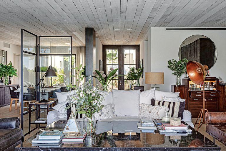 A futuro. Una arquitecta construyó y ambientó la casa ideal para vivir en familia
