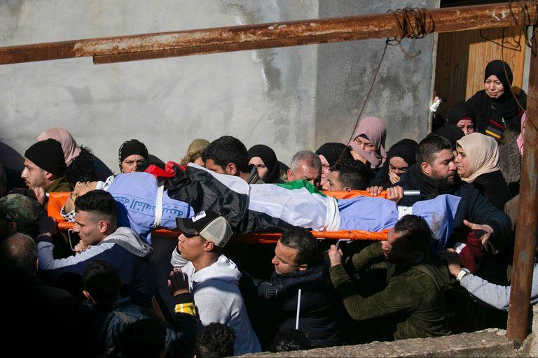 Crece la violencia entre israelíes y palestinos tras el acuerdo de Trump