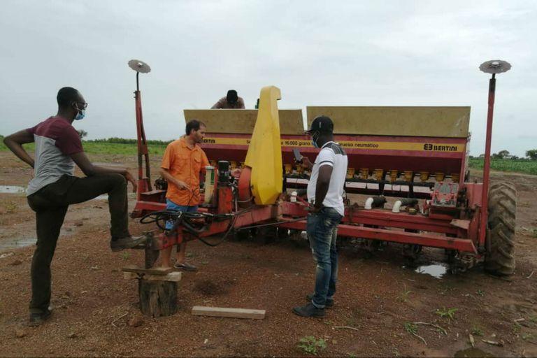 Se importa maquinaria argentina para usar en Ghana