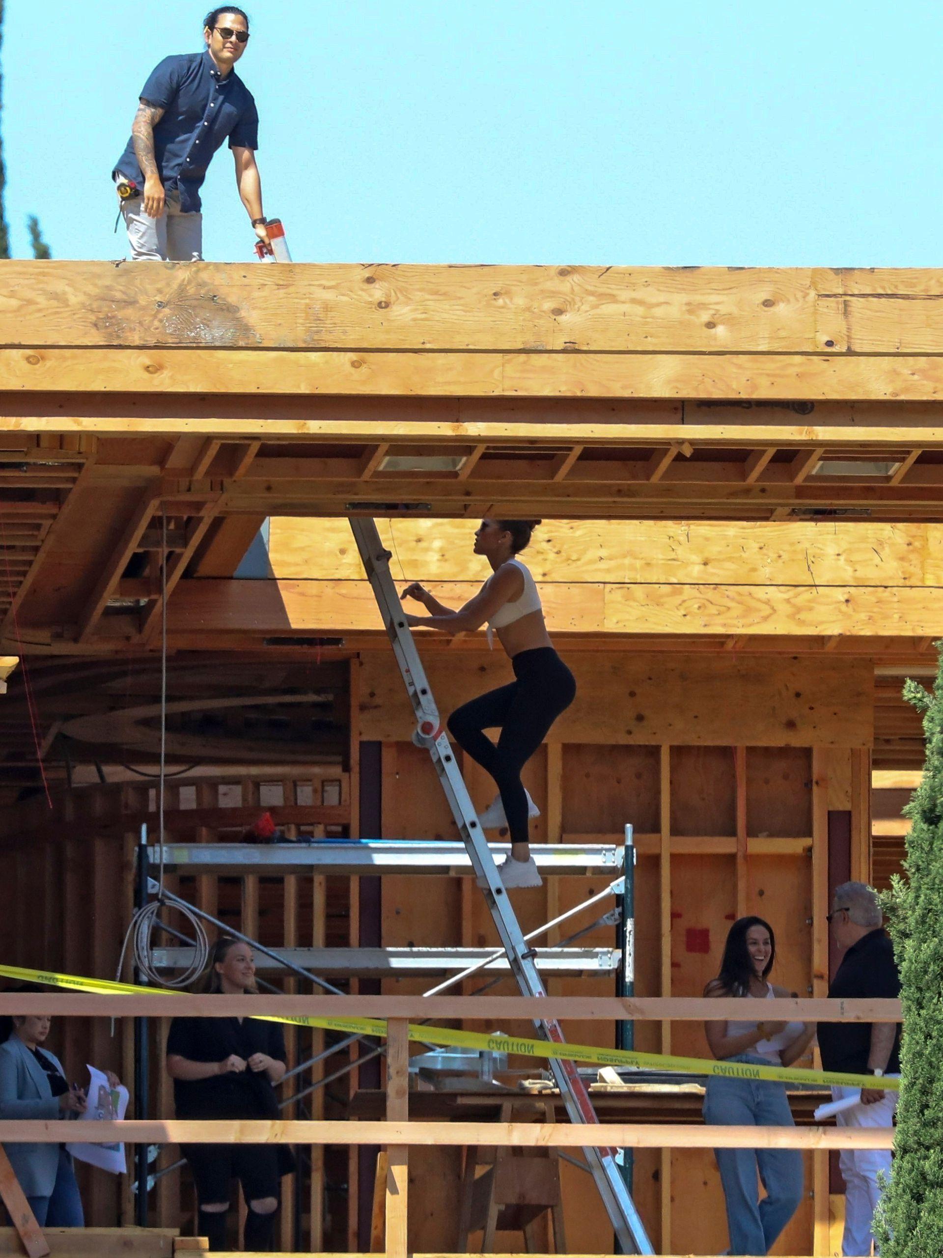 Jennifer Lopez supervisa la construcción de su nidito de amor con Ben Affleck, en Bel Air