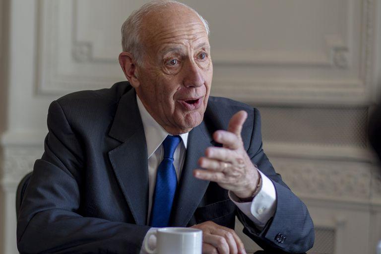 Roberto Lavagna, ministro de Economía en el gobierno de Néstor Kirchner, lideró las negociaciónes del canje de deuda en 2005