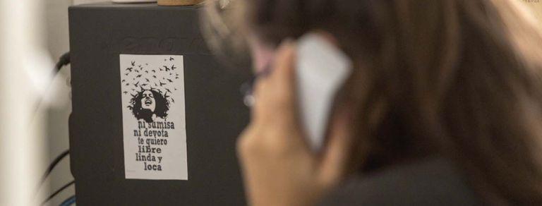 Línea 144: cómo salvar mujeres a través del teléfono