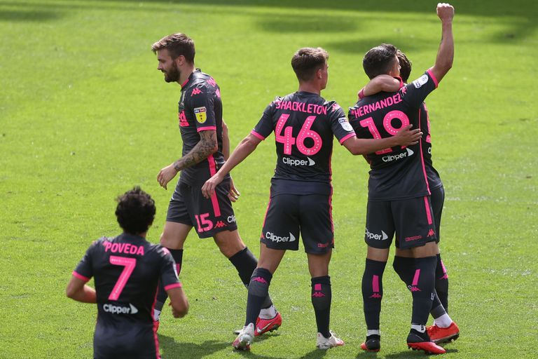 Leeds. El equipo de Bielsa ganó 3-1 y celebró el ascenso ante Derby County