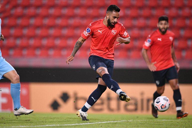 Jonathan Herrera marcó el segundo gol de Independiente, que le ganó a Montevideo City Torque por la Copa Sudamericana.