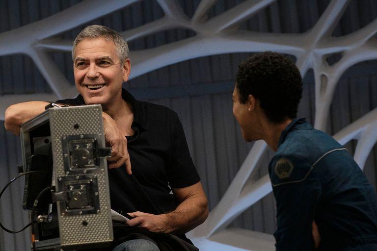 Cielo de medianoche, el film con el que George Clooney se adelantó a la pandemia