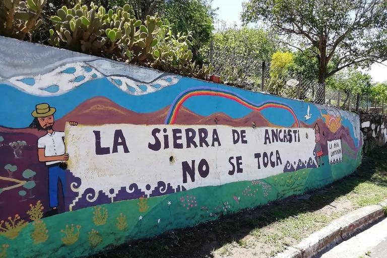 Dos pueblos se movilizan en Catamarca por la explotación de yacimientos de litio