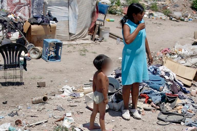 Los chicos son los que más sufren la pobreza en el país