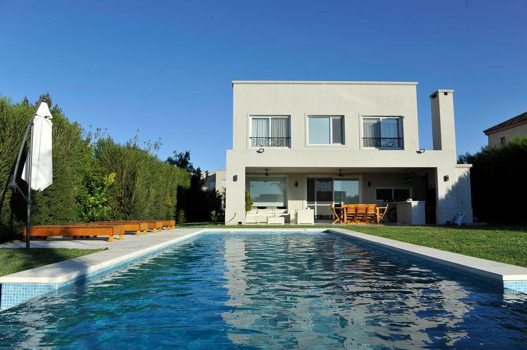 Se abarató el costo de construir una casa tipo country: cuánto cuesta