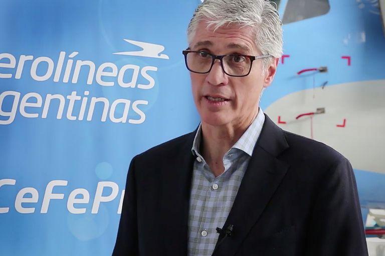 El presidente de Aerolíneas Argentinas, Luis Malvido, dijo que ninguna de las rutas internacionales de la compañía es rentable y que apuntarán a diversificar la estrategia de ingresos