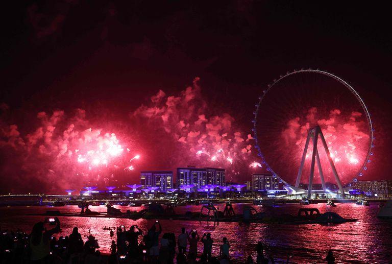 Otra apuesta del emirato: inauguró la rueda más grande y alta del mundo