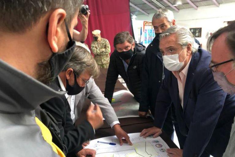 Alberto Fernández viajó a Chubut el sábado a supervisar la zona afectada por los incendios