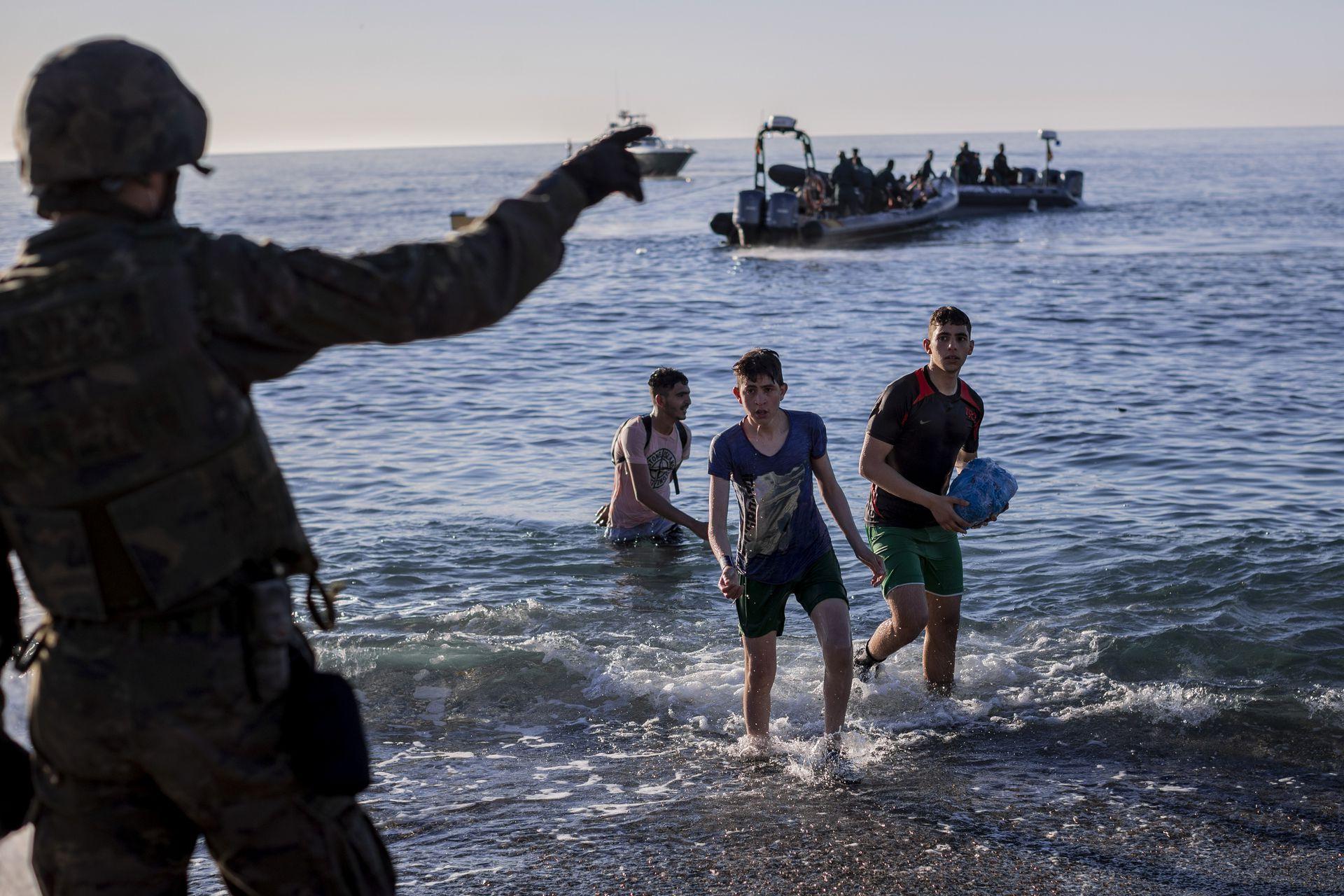 Alrededor de dos tercios de los aproximadamente 8.000 inmigrantes que llegaron al enclave de Ceuta han sido expulsados