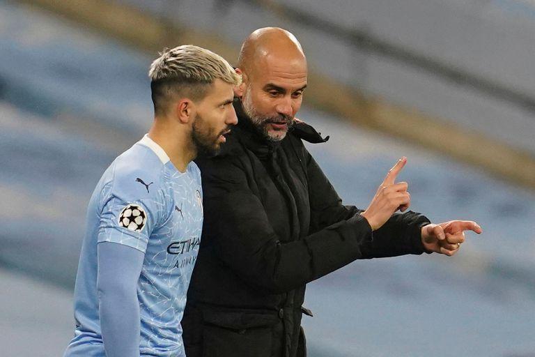 Agüero y Guardiola, integrantes de un Manchester City que padeció la segunda ola del Coronavirus