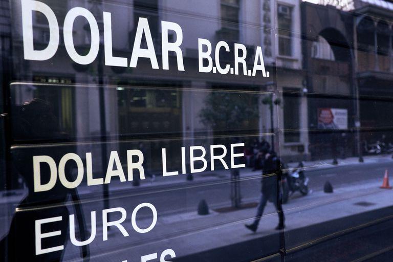 El dolar volvio a aumentar a pesar de la intervencion del Banco Central.ECO      Foto: Hernan Zenteno  14_6_18