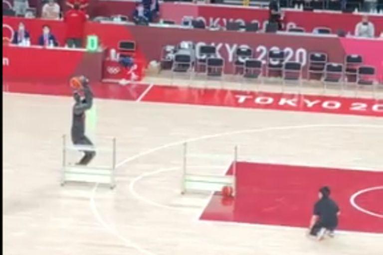 CUE3, el robot basquetbolista que logró encestar los tres intentos de tiro que tuvo