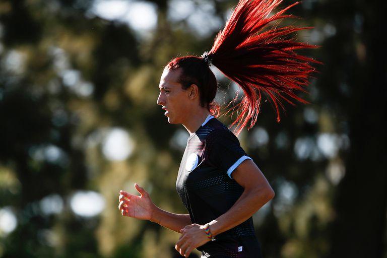 Mara Gómez: la historia de la primera futbolista trans en el torneo argentino