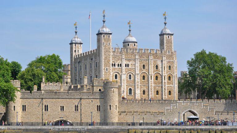 La Torre Blanca es la principal construcción de la Torre de Londres.