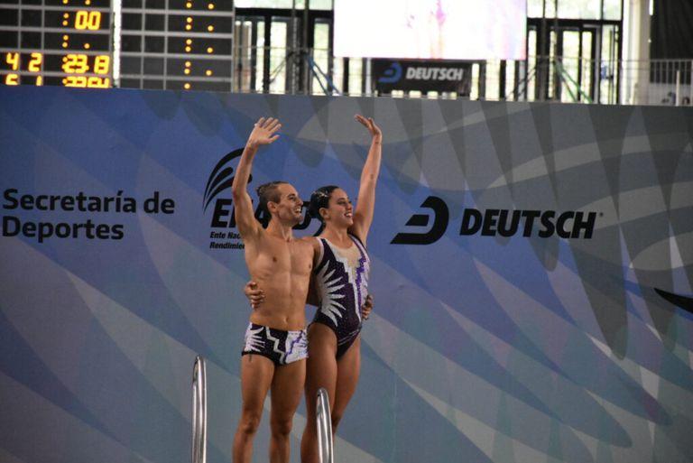 """La pareja de nadadores argentinos que hace historia: """"Ya nos sentimos campeones"""""""