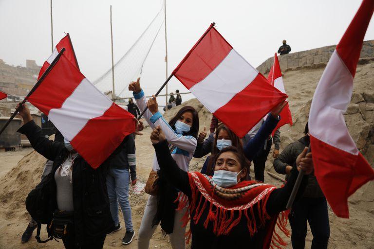 Reñido ballottage: ¿a quién votaron los peruanos en la Argentina?