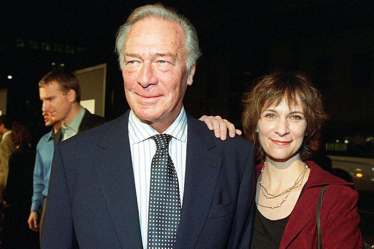 Christopher Plummer junto a su hija, en el estreno del film El Informante, en 1999