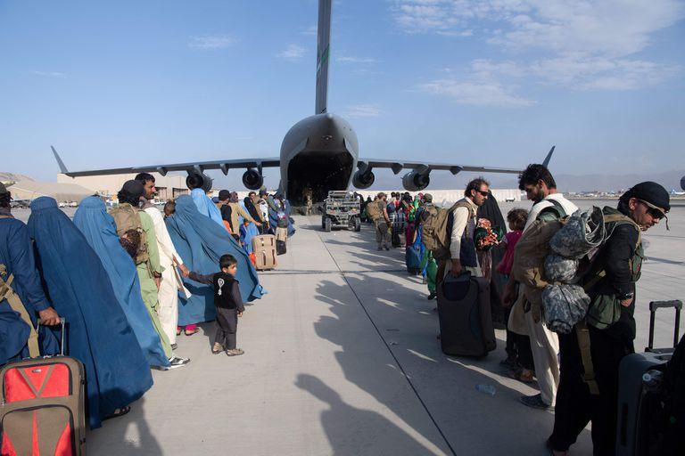 El operativo de evacuación llegó a su fin, aunque no está claro cuántos quedaron atrás