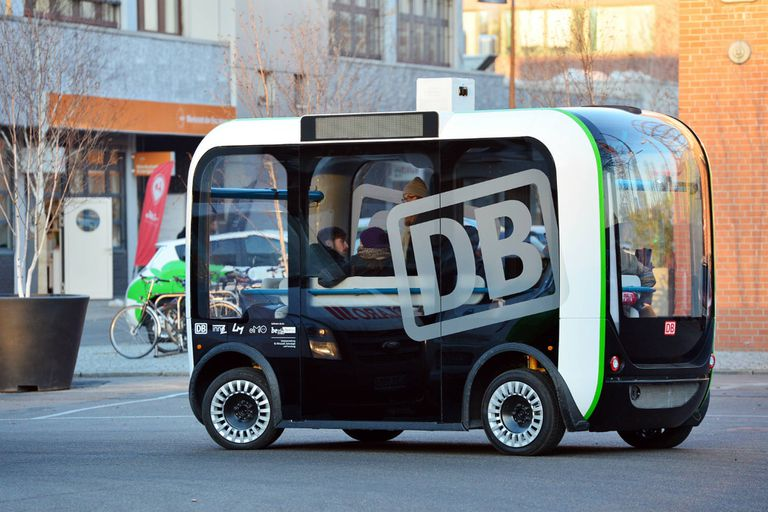 El prototipo de minibús autónomo en las calles de Berlín