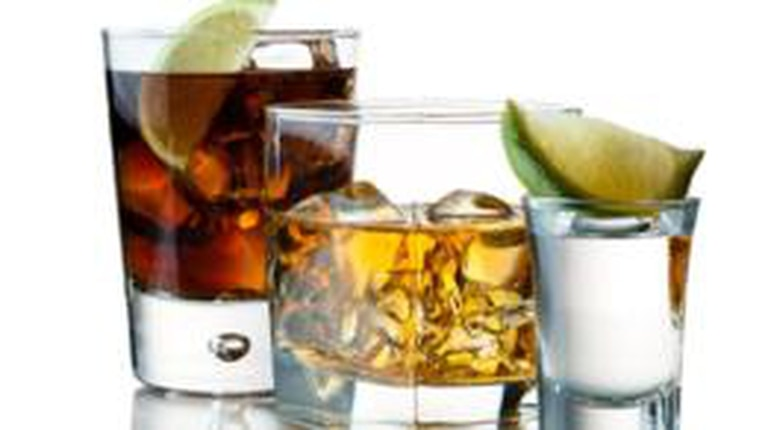 La cantidad de congéneres en el bourbon es 37 veces mayor que la del vodka, según una revisión de estudios publicada en 2010 en la revista científica Current Drug Abuse Reviews.