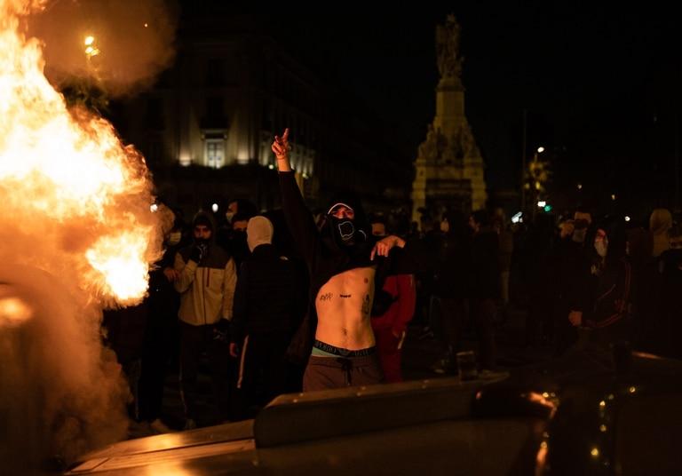 Barricadas y violencia este viernes en Barcelona