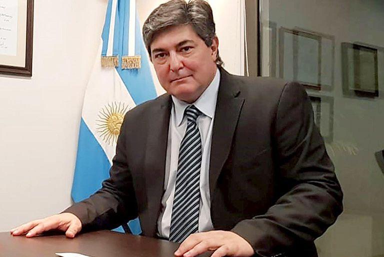 Cuestionado, renunció Lanziani y el área de Energía pasa a la órbita de Guzmán