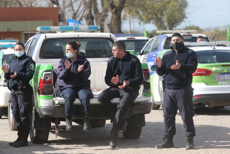 El anuncio del jefe de Gabinete, Carlos Bianco, y del ministro de Seguridad, Sergio Berni, no alcanzó para desactivar el malestar en la mayor fuerza de seguridad del país