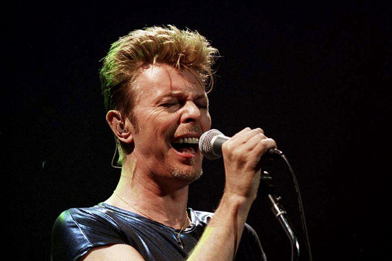 David Bowie en una presentación en New Jersey, el 27 de septiembre de 1995