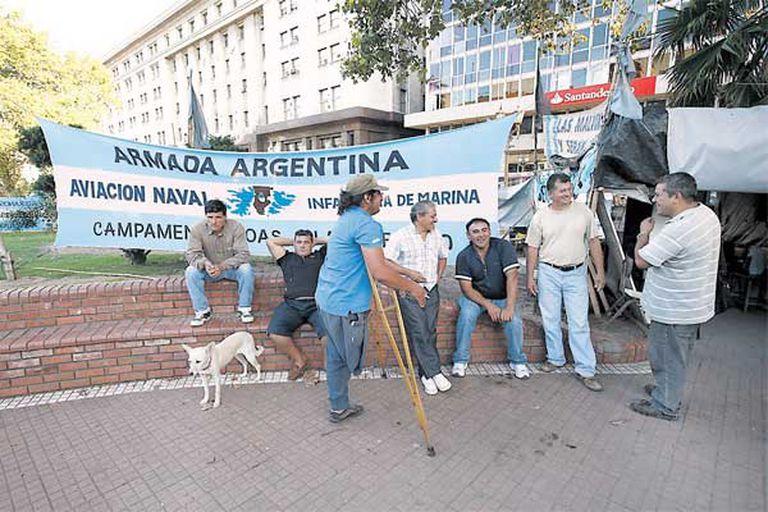 El campamento de los exsoldados estuvo montado diez años en la Plaza de Mayo.