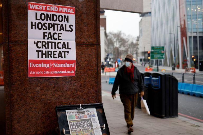 Esta foto del 8 de enero ya parece una reliquia por el avance hacia la salida de la pandemia, aunque los científicos piden cautela