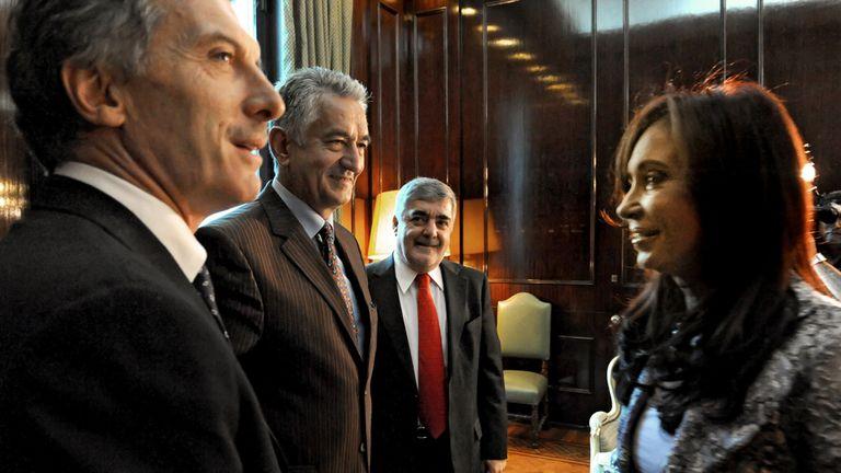 En abril de 2010 Cristina recibió a Macri, Rodríguez Saá y Das Neves; la imagen con mandatarios opositores no se repitió