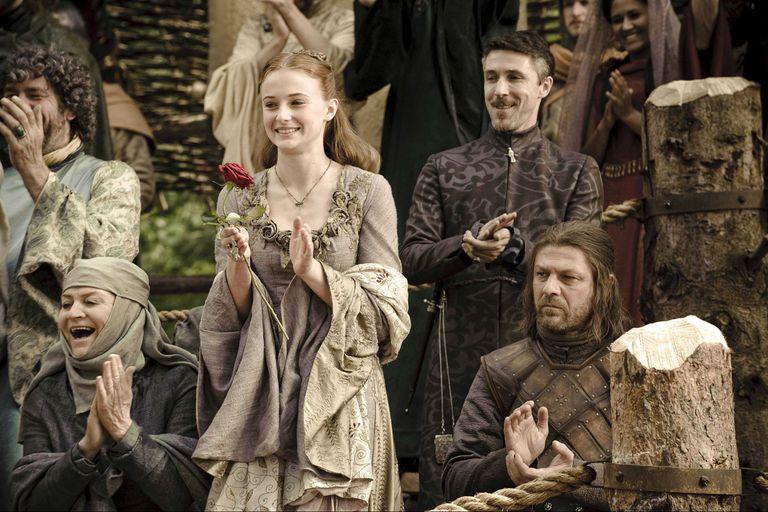 Sansa, junto a su padre y Baelish