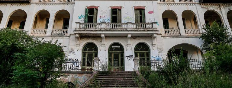 Mitos argentinos: el hospital psiquiátrico abandonado donde se escuchan aullidos
