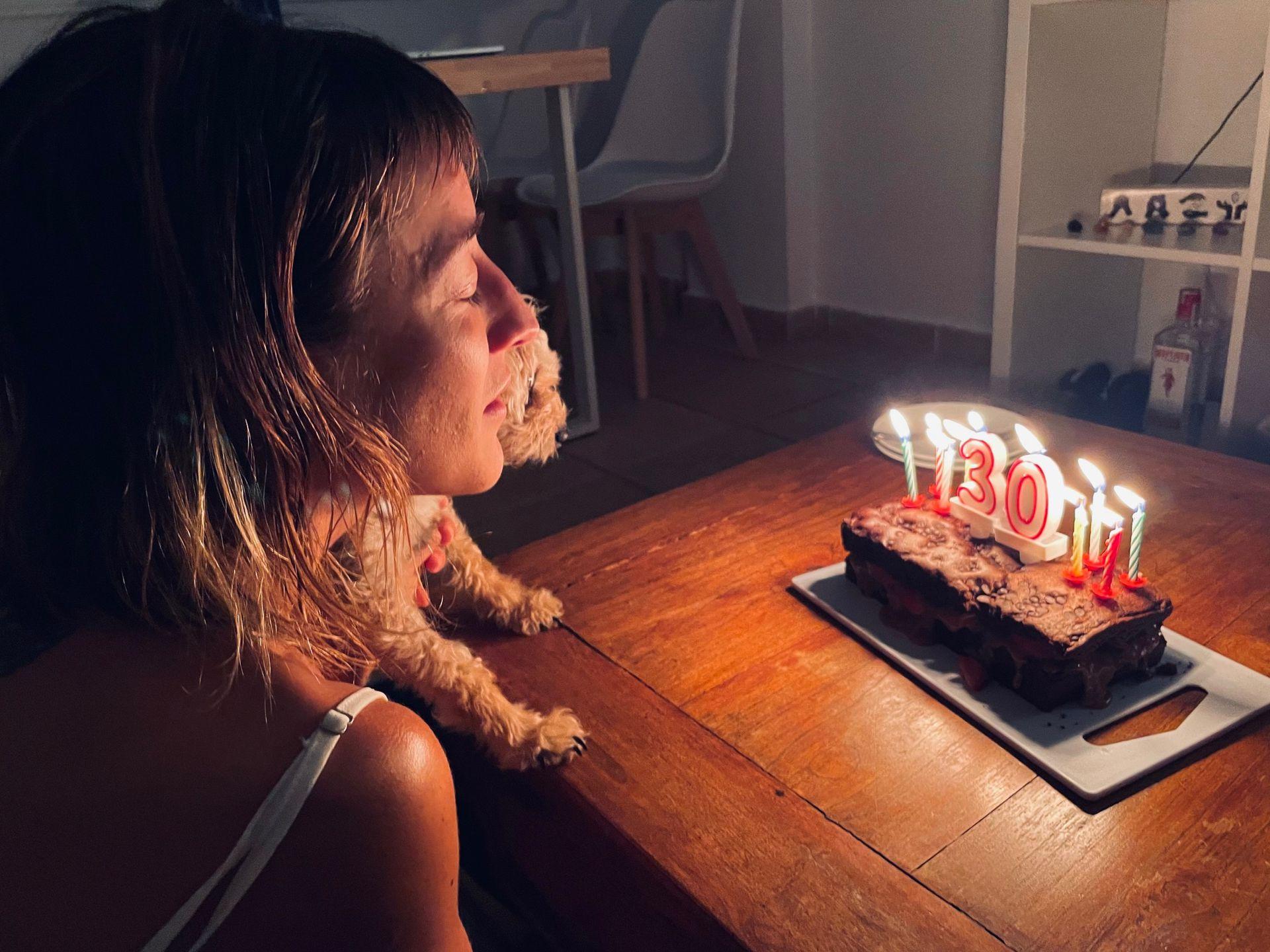 Camila Salazar festejó su cumpleaños número 30 en Ibiza, donde vive desde marzo con su marido